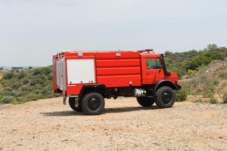 Xe chữa cháy rừng10